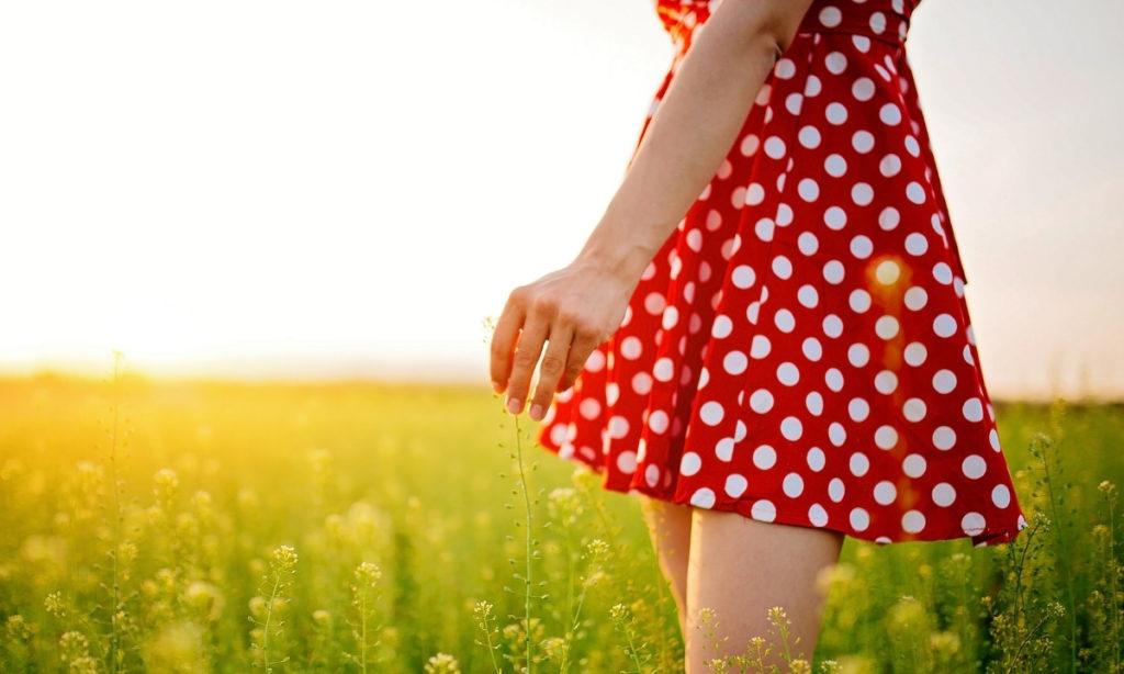 best summer dresses= polka dot strip dress