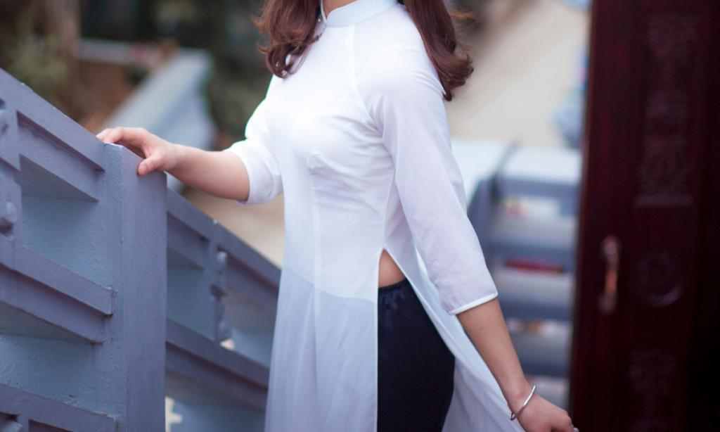 best summer dresses- side slit cotton dress