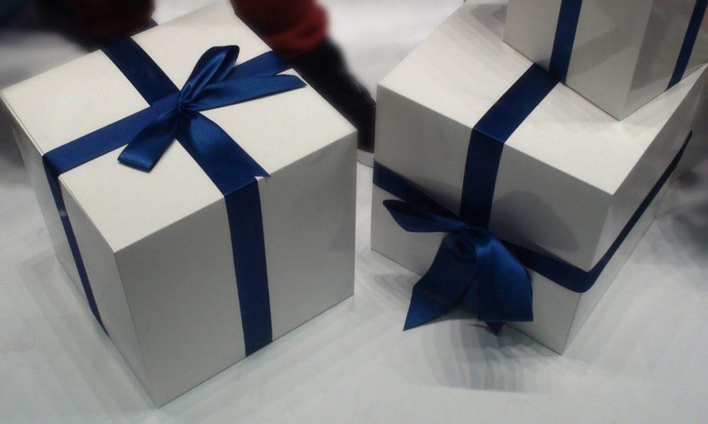 coworker gift ideas- wellness box