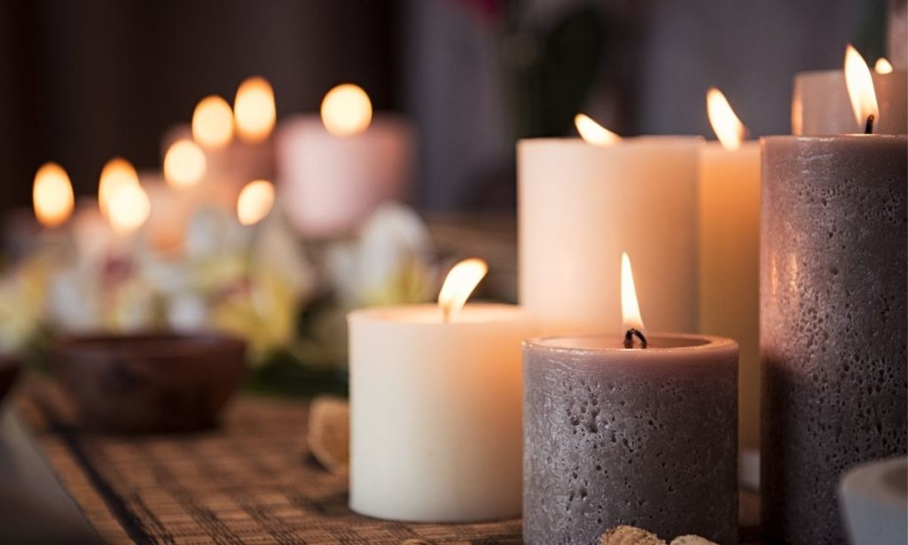 coworker gift ideas- Scented candles